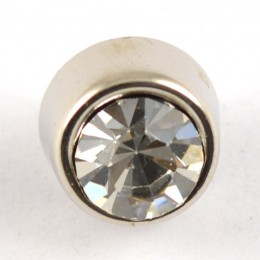 Diamonte with solid surround