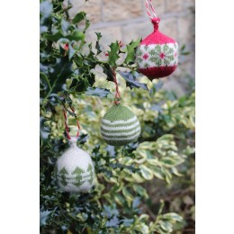 Baa Ram Ewe Dingle Baubles in Titus
