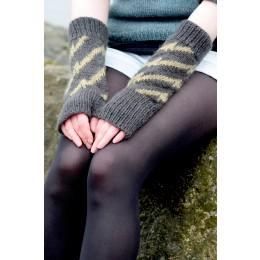 Baa Ram Ewe Ziggy Reloaded, fingerless mittens in Dovestone