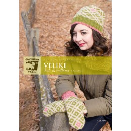 J26-03 Veliki Hat and Mittens for Women in Herriot