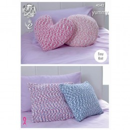 KC4542 Cushions Knitted with Yummy