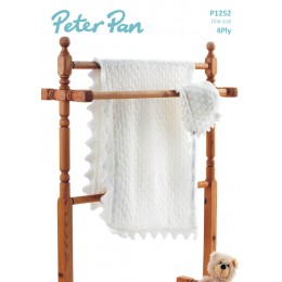 PP1252 Baby Blanket and Hat 4ply