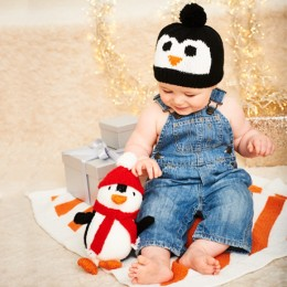 St9578 Piper The Penguin Toy, Hat & Blanket in Stylecraft Wondersoft Stardust DK
