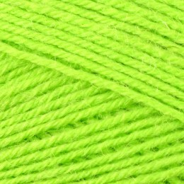 West Yorkshire Spinners Signature 4Ply 100g Sour Apple 390