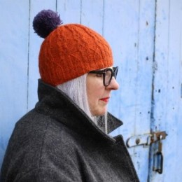 Baa Ram Ewe Reedmace Hat in Pip Colourwork