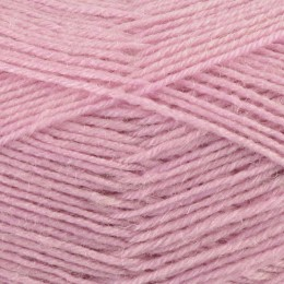 West Yorkshire Spinners Signature 4Ply 100g Sweet Pea 517
